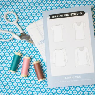 lark-tee-grainline-2445-bloomsbury-square-fabrics
