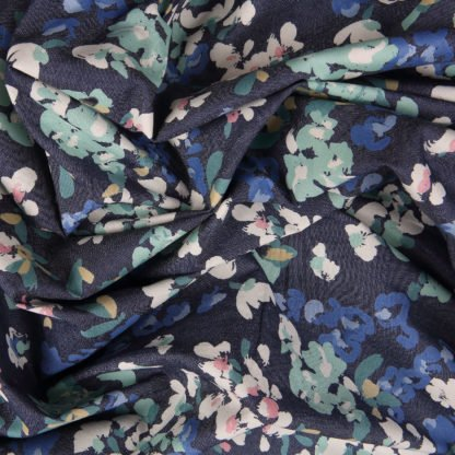 agf-painterly-wash- bloomsbury-square-fabrics-2621
