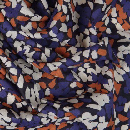 ab-blossom-bloomsbury-square-fabrics-2603