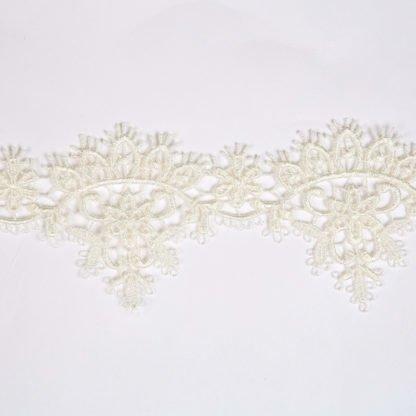 lace-guipure-edging-bloomsbury-square-fabrics-2989