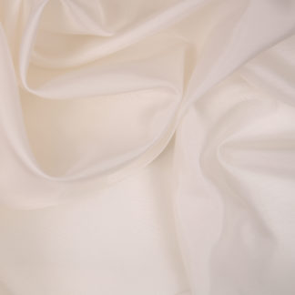 bremsilk-white-bloomsbury-square-fabrics-3270