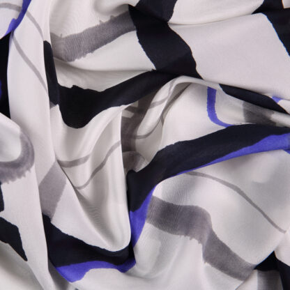 silk-painterly-stripe-bloomsbury-square-fabrics-2575b
