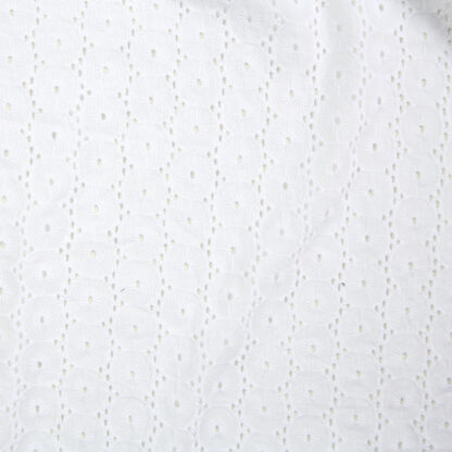 embroidery-anglaise-bloomsbury-square-fabrics-3751